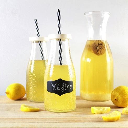 tomar kefir con limon